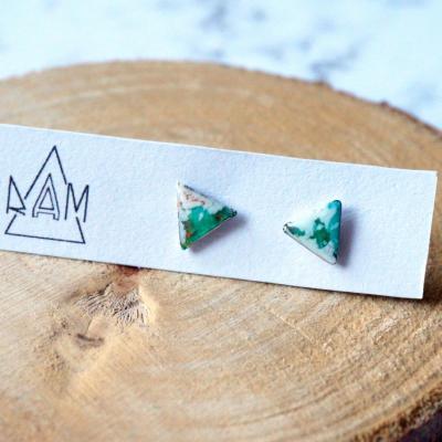 Bo mini triangle vert blancturquoise 1