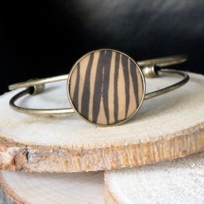 Bracelet bronze ocre lignes noires