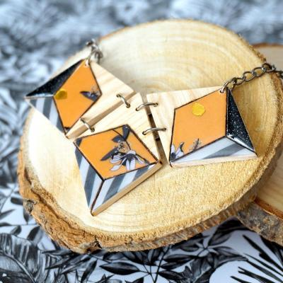 Collier 3 losanges jaune noir gris1