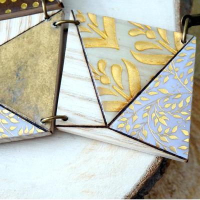 Collier 3losanges or blanc marron